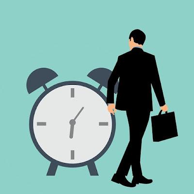 Cara Mahasiswa Mengatur Waktu Kuliah dan Kerja