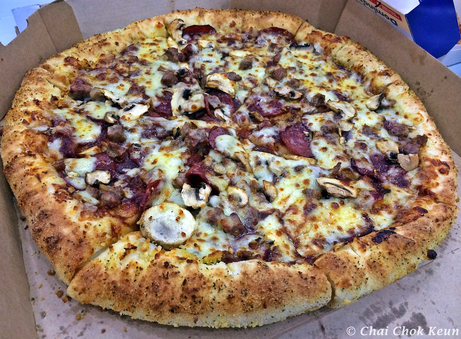 best deal in town domino's '2 pizzas' deal  double
