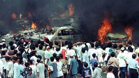 mengingat kembali tragedi kerusuhan mei 98 yang memakan banyak korban jiwa