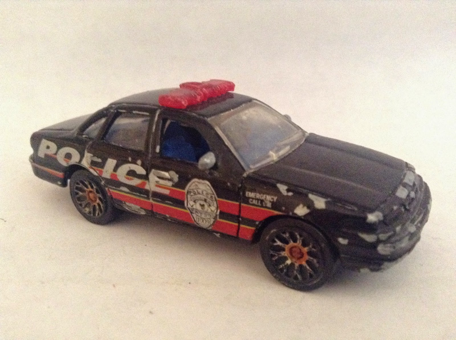 Matchbox Ford LTD Police Patrol Car - Global Diecast Direct