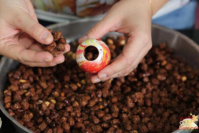 amendoim cri-cri com café para páscoa