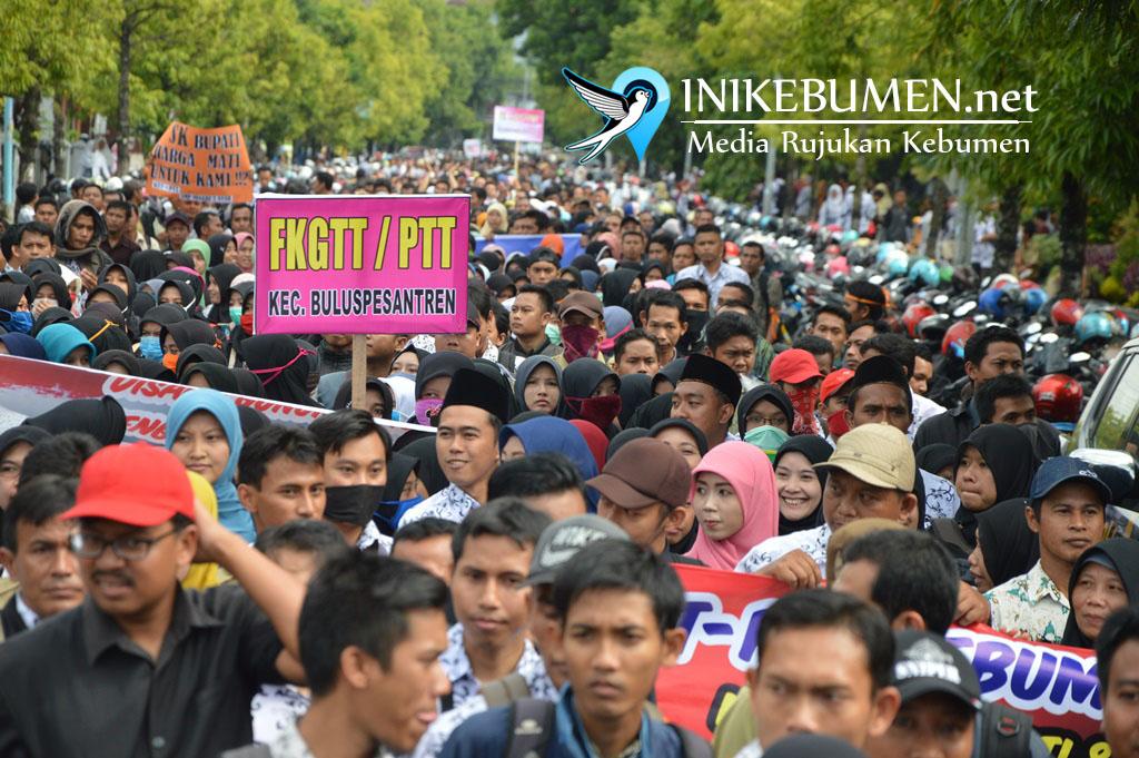 Kerahkan Ribuan Massa, Inilah 7 Tuntutan GTT/PTT Kebumen