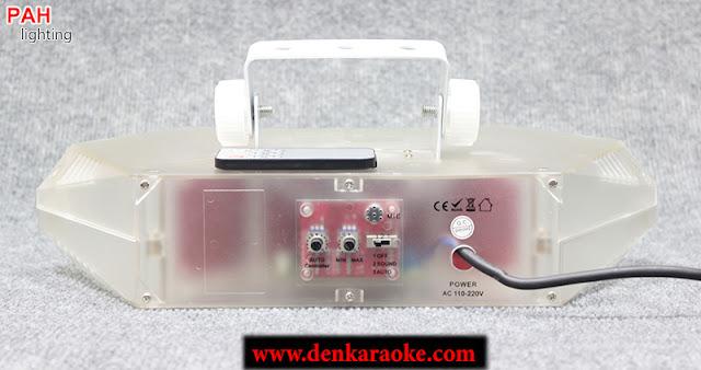 Phía sau đèn trang trí phòng karaoke mini được tích hợp 2 núp xoay và cần gạt giúp bạn điều chỉnh các chế độ dễ dàng