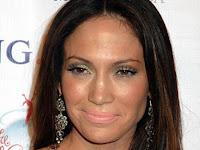 Jennifer Lopez Bukanlah Vampir Ia Juga Menua