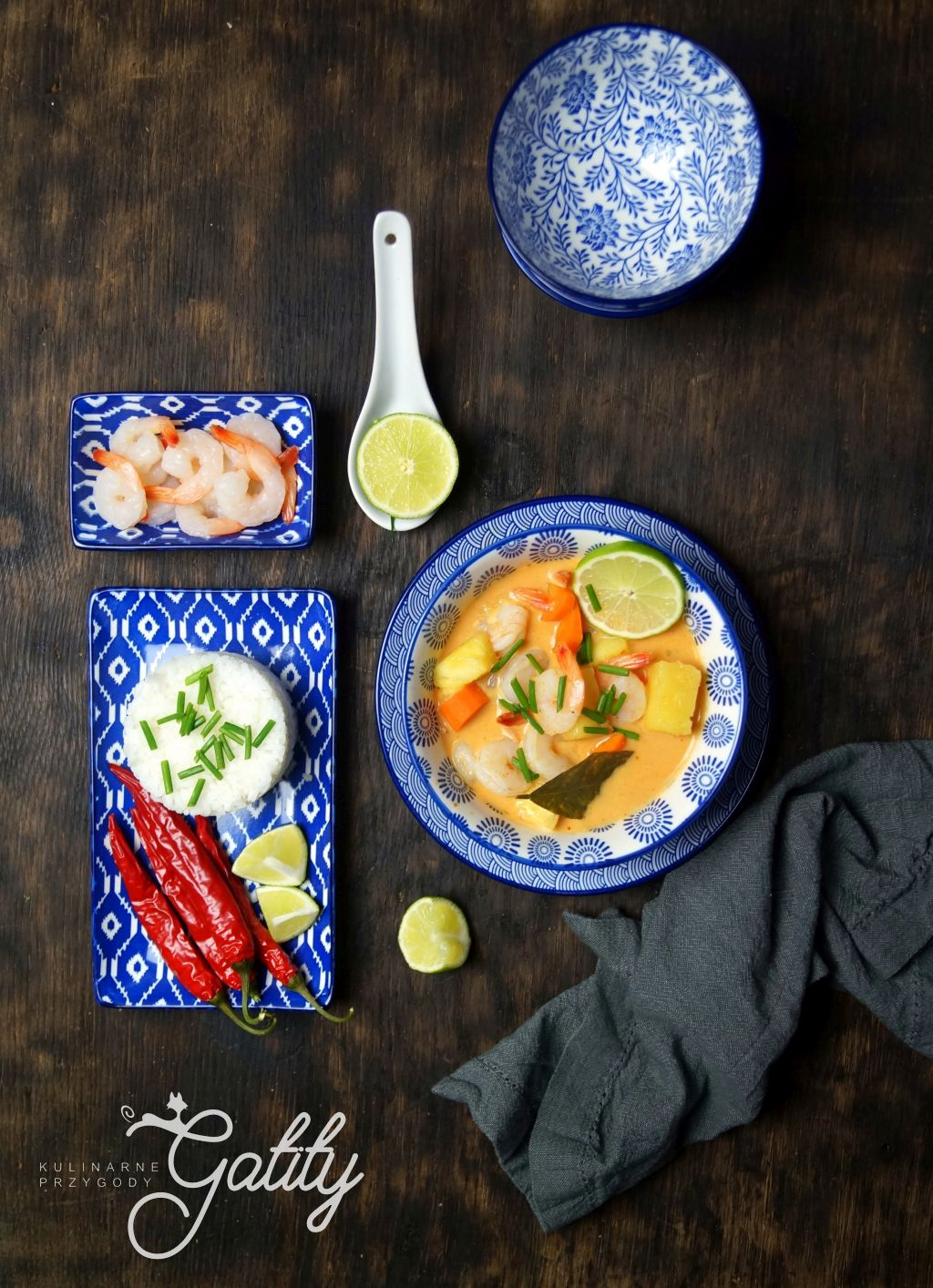 kolorowe-curry-w-misce