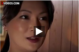 Bokep Hot Japanese MILF gets quick fuck  xxx