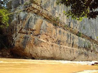 Situs Gua Tontonan Sulawesi Selatan