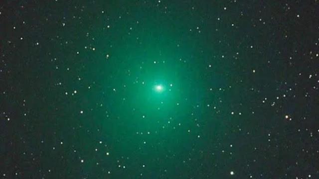 Komet dengan Ukuran Fantastis Diprediksi akan Melewati Bumi Sebelum Natal Tiba