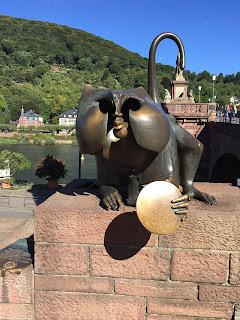 Heidelberg Brückenaffe