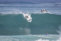 37 Kelly Slater Billabong Pipe Masters foto WSL Damien Poullenot