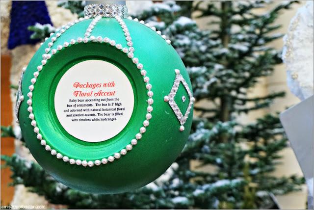 Holiday Glamour 2017 del Hotel Bellagio: Bola de Navidad de las Cajas de Decoraciones