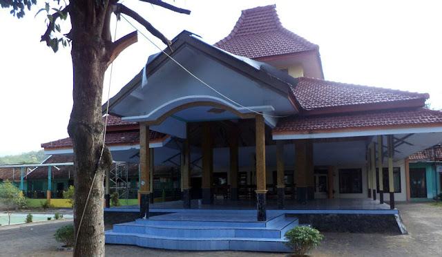 Kantor Desa Purworejo tutup di hari aktif