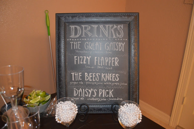 Gatsby party, mocktails, chalkboard decorations