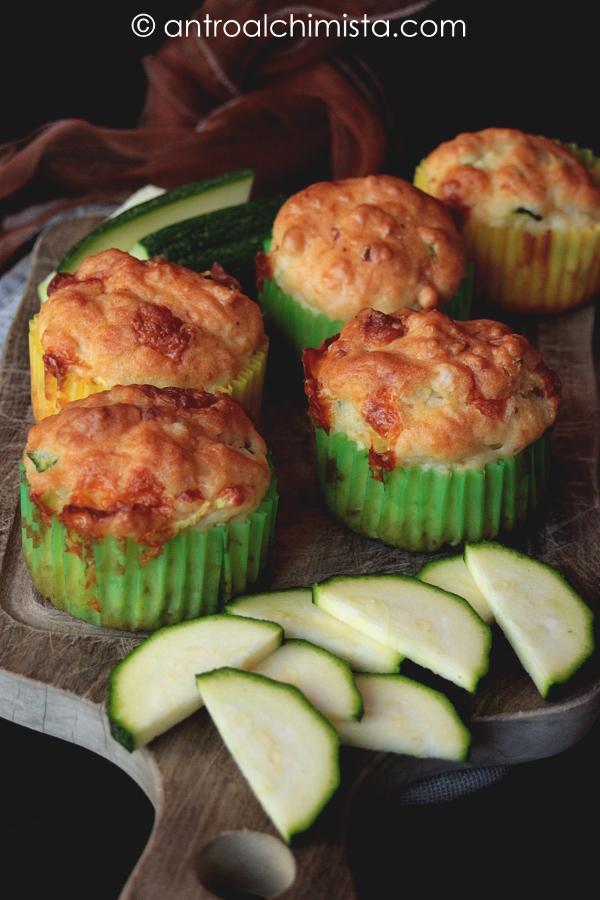 Muffins Zucchine e Provola Affumicata