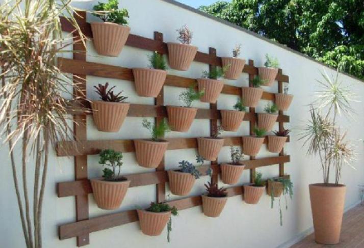 50 Kreasi Unik Pot Tanaman Hias Di Taman Rumahku Unik