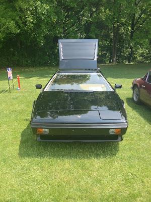 Black Lotus Turbo Esprit Front View