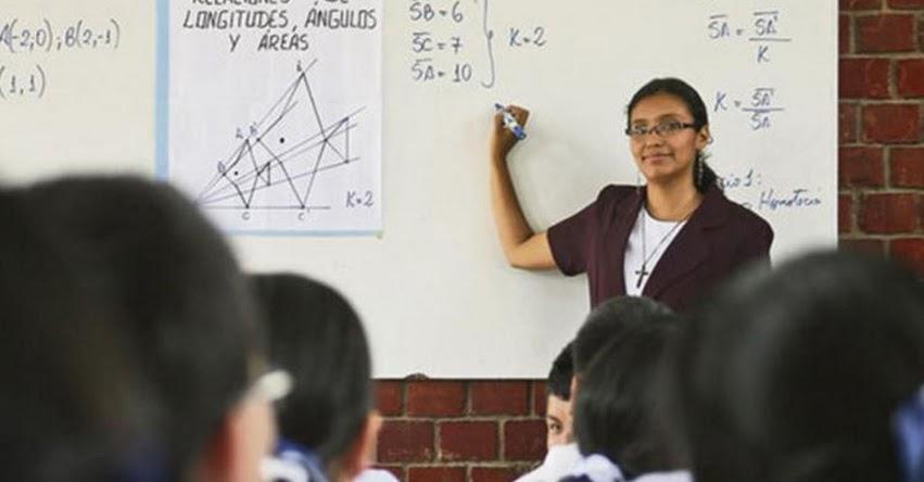 Consejos para ayudar a nuestros hijos para que no «jalen» el año escolar