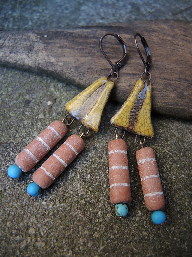 free earring tutorial with clay beads and ceramic connectors