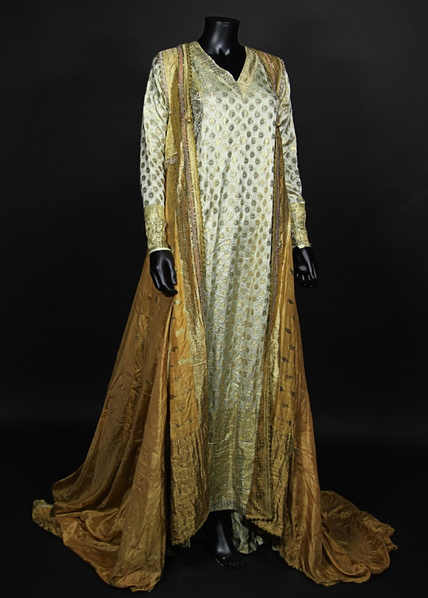 Cherie Lunghi Guenevere Excalibur gown & Hollywood Movie Costumes and Props: Top picks from Prop Storeu0027s live ...
