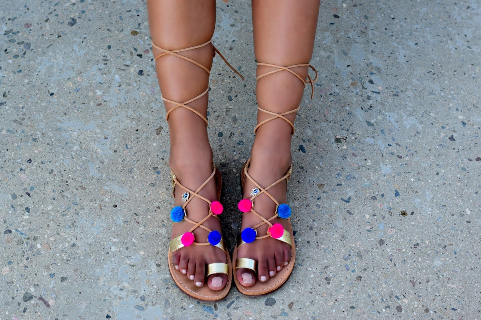 pom pom sandals outfit ideas inspiration