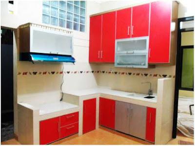 dapur minimalis ukuran 2x2 warna merah