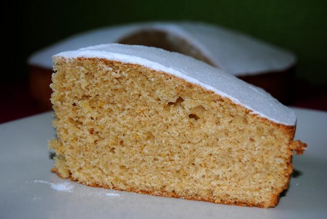 Bizcocho de Naranja y Almendra (Cake con Arance e Mandorle)