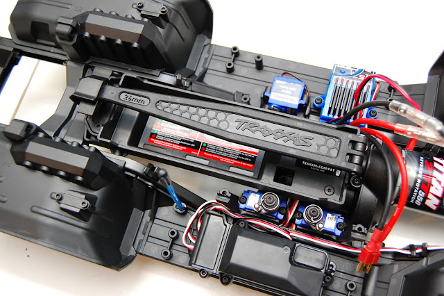 Traxxas TRX-4 battery tray