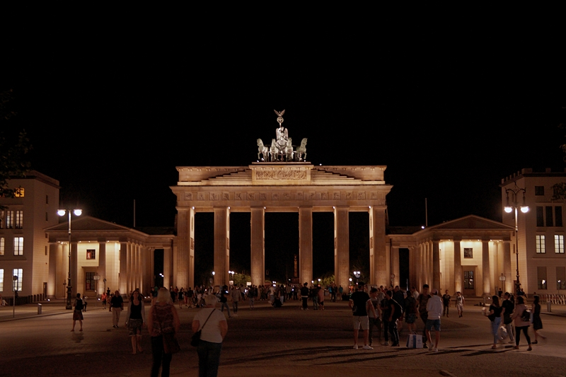 Berlin Photo Diary August 2017: Brandenburger Tor bei Nacht