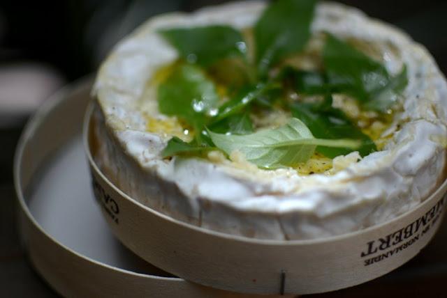 Pasta-corta-al-queso-Camambert-y-espinacas-02