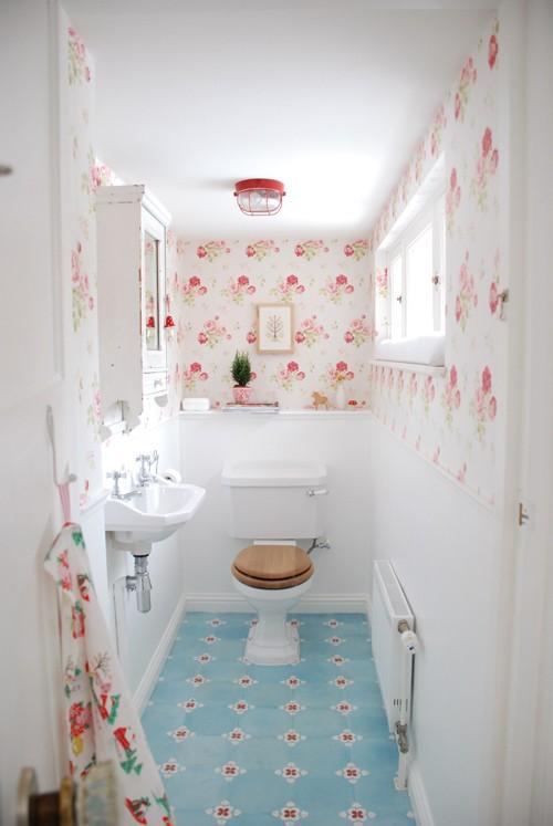Small Shabby Chic Bathroom - Home Ideas Designs - shabby chic bathroom ideas