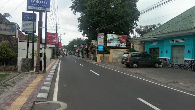 Tanah Bangunan Guest House strategis Kawasan Premium Cafe, Hotel, Resto dan Kampung turis pinggir jalan utama Prawirotaman 1 Kodya
