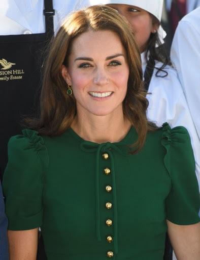 Kate Middleton - Monica Vinader Siren Wire Earrings in Green Onyx