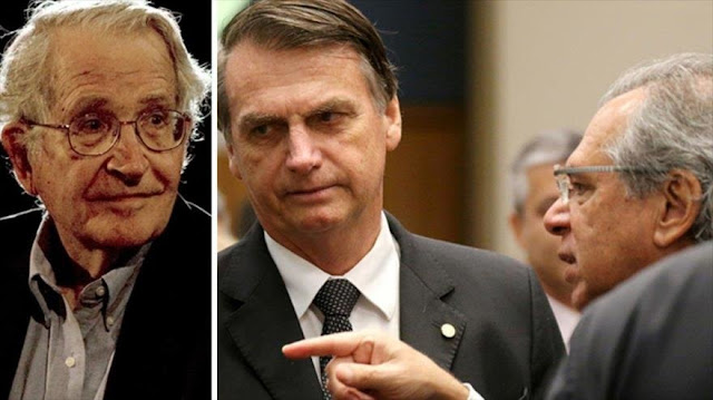 Chomsky vaticina un 'desastre' para Brasil con Bolsonaro