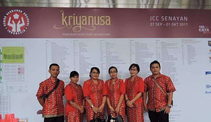Sekadau Pamerkan Kerajinan dalam Pameran Kriyanusa Dekranas di Jakarta