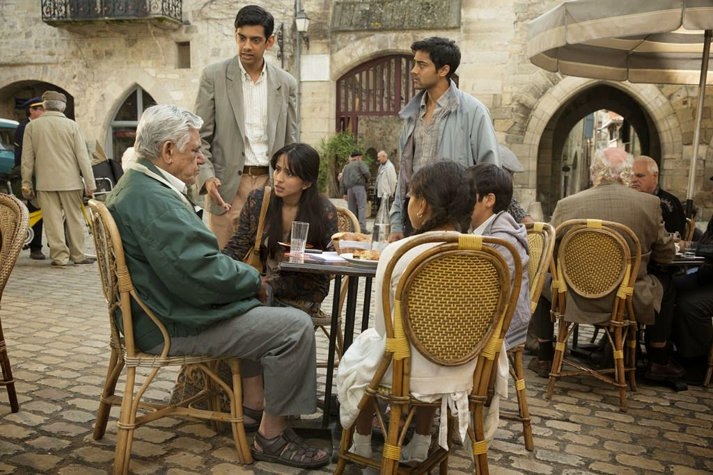 the hundred-foot journey-om puri-amit shah-farzana dua elahe-manish dayal-aria pandya-dillon mitra