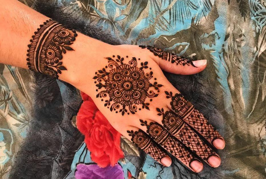 Mehndi Hand Image : Latest mehndi designs for girls simple easy