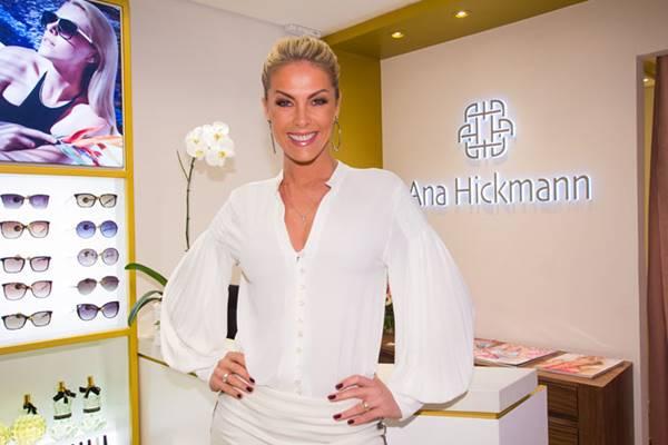 Ana Hickmann em uma das unidades de sua rede de franquias: nome famoso ajuda a divulgar o negócio