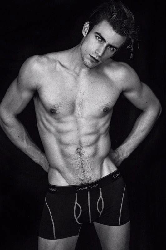 Adrien Laurent Nude (6 Photos)   The Men Men