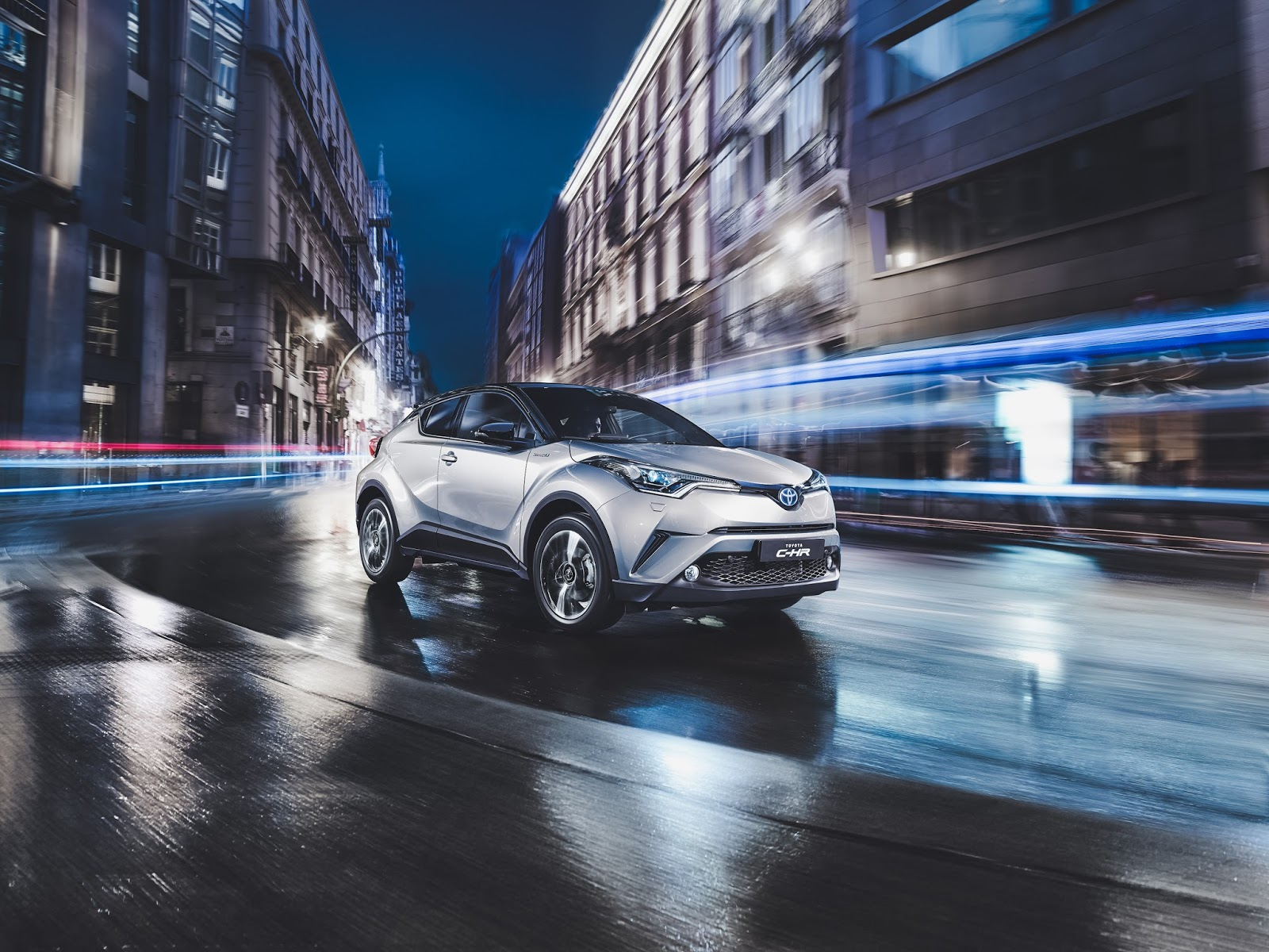 toyota c-hr the night that flows