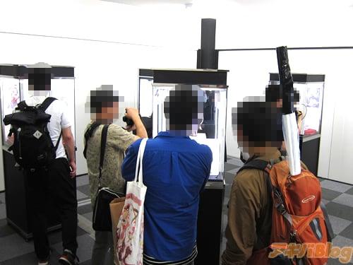 Native e Erohobi expõem figures em Akihabara