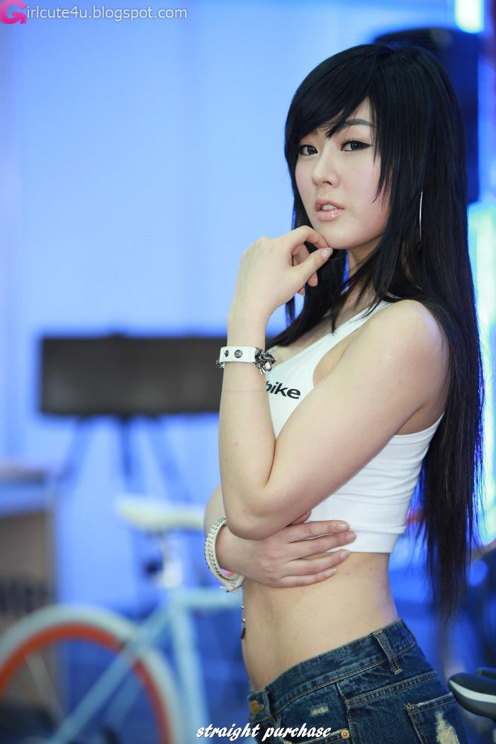 Cute Girls Makes The Sun Shine A Bit Brighter: Cute Asian Girl: Hwang Mi Hee