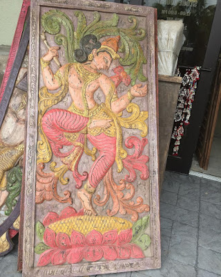 https://www.mogulinterior.com/krishna-carvings.html