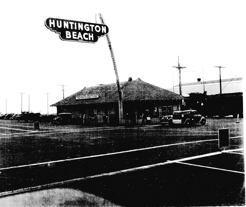 Above The Pacific Electric Railway Station Was At Foot Of Huntington Beach Pier Coast Highway And Main Street In 1942
