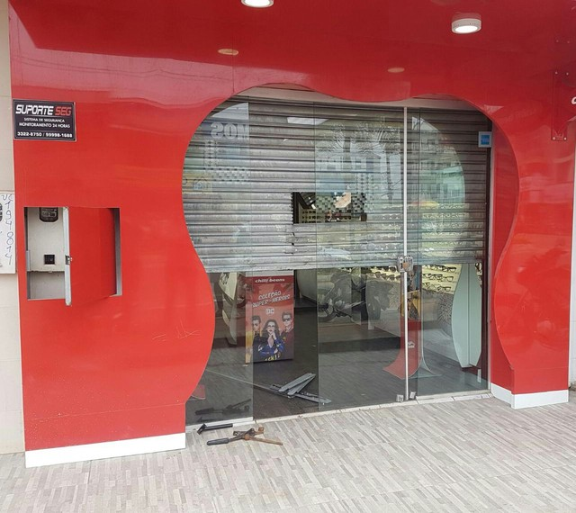 Em Cruzeiro do Sul, loja é furtada e prejuízo é cerca de 10 mil reais