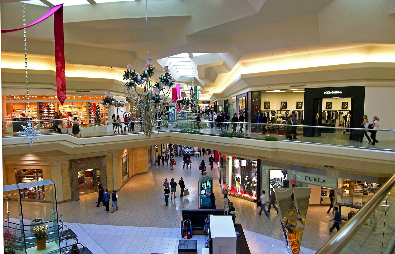 University Square Mall Shoe Stores