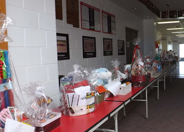 metamora herald auction baskets mgs