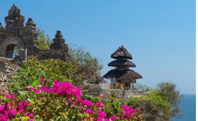 Pura Luhur Uluwatu - Bali