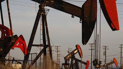 وصول سعر النفط مؤخرا فوق 50 دولارا للبرميل الواحد مدعوما أيضا بهبوط ملحوظ في المخزون الأمريكي