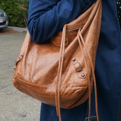 balenciaga autumne truffle brown classic RH day hobo bag navy coat | awayfromtheblue
