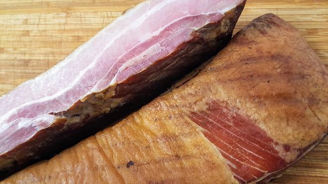 Bacon fumé à chaud fait maison